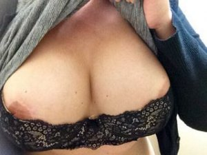 Maider transexual escorts in Minehead